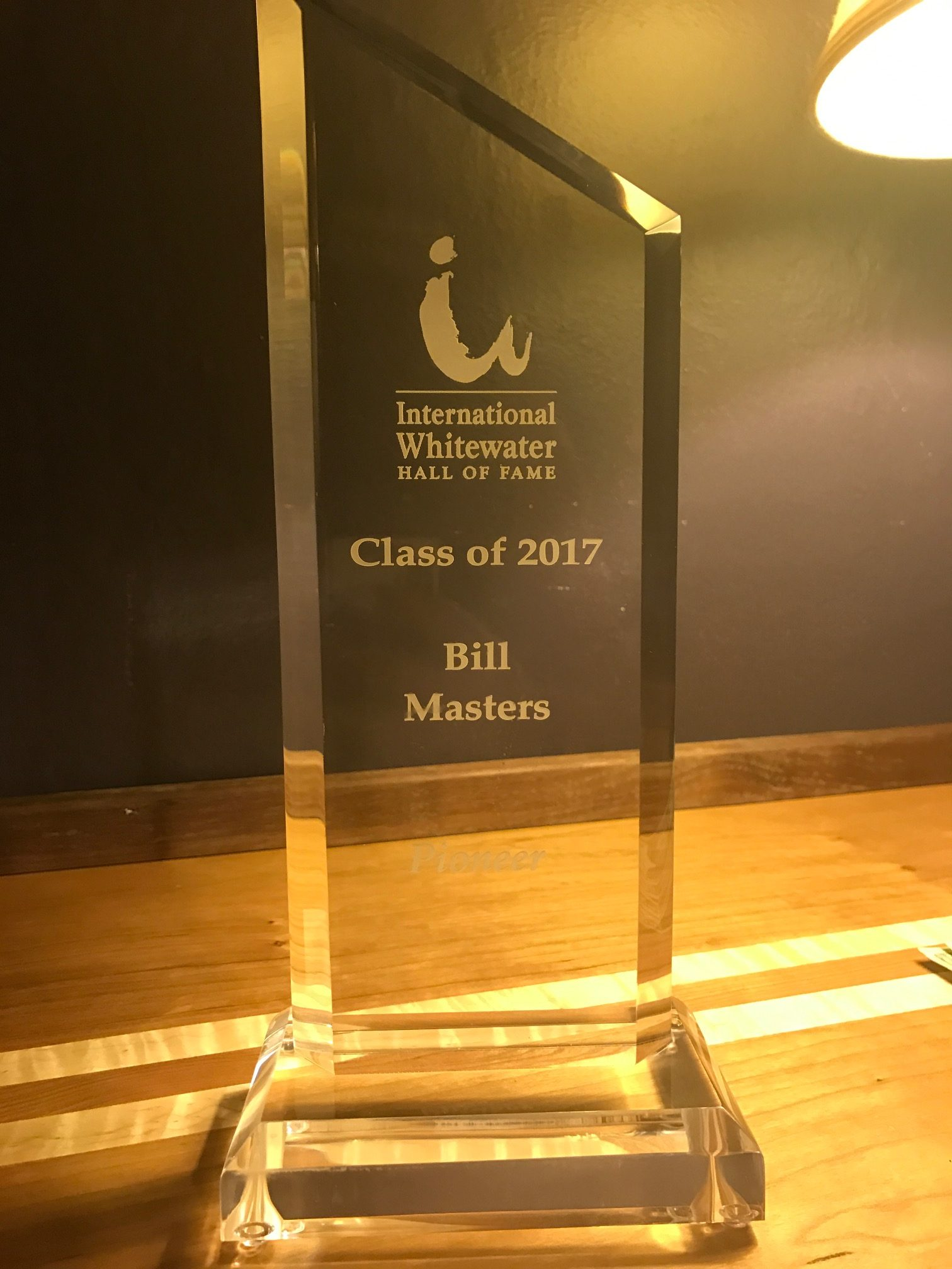 Bill Masters International Hall of Fame award